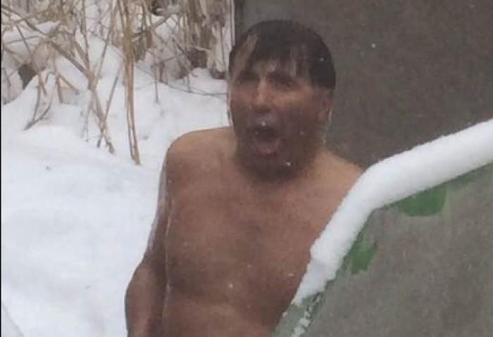 (foto) Ricky Ardezianu în pielea goală la minus 16 grade