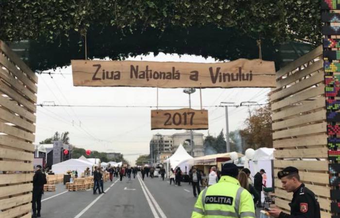 (foto) S-a dat startul Zilei Naționale a Vinului: Mii de vinuri și de zeci de ori mai mulți oaspeți, timp de două zile, în PMAN