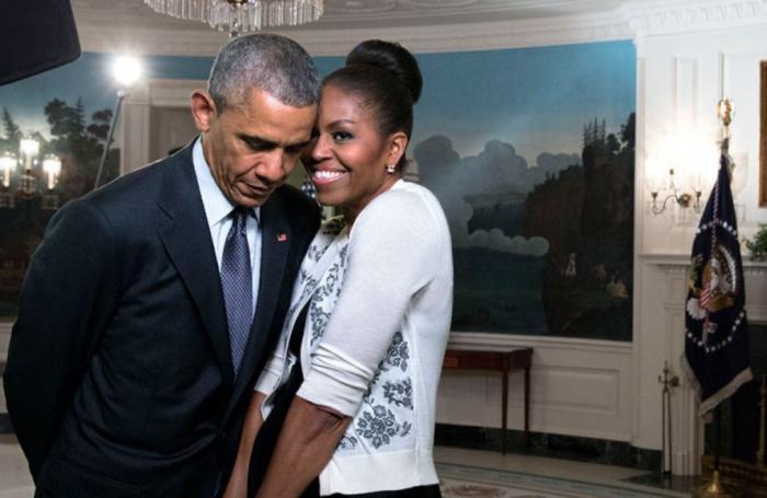 """(foto/video) Barack și Michelle Obama au împlinit 25 de ani de căsnicie. Barack Obama către soția lui: """"Decizia de a te scoate în oraș la întâlnire a fost cea mai bună pe care am făcut-o vreodată"""""""