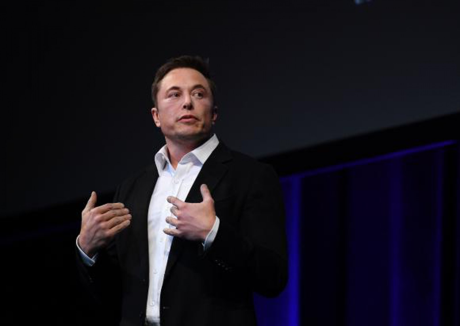 """(foto/video) Elon Musk, întrebat de ce nu creează """"Westworld"""": """"În ce crezi că trăim acum?"""""""