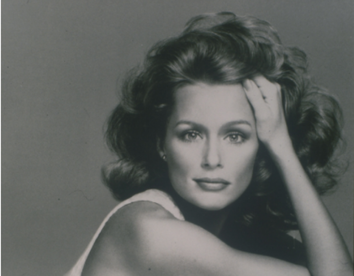 Frumusețea nu are vârstă: La 73 de ani într-o reclamă la lenjerie Calvin Klein