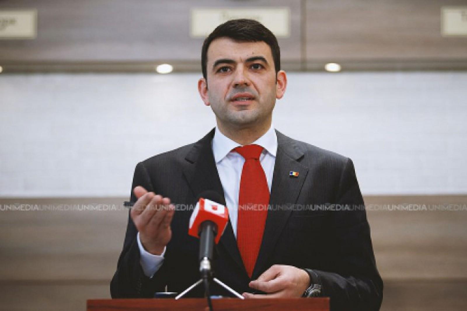 Gaburici nu dorește să dea comentarii jurnaliștilor la întrebarea despre cele două examene de Bacalaureat la care nu a fost prezent