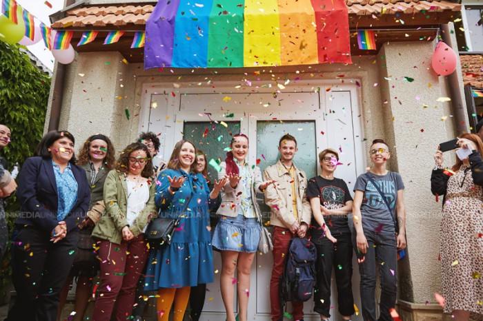 """(galerie foto) """"Suntem diferiți și aceasta contribuie la bunăstarea societății noastre"""". Festivalul """"Moldova Pride - 2017"""" a fost lansat la Chișinău"""