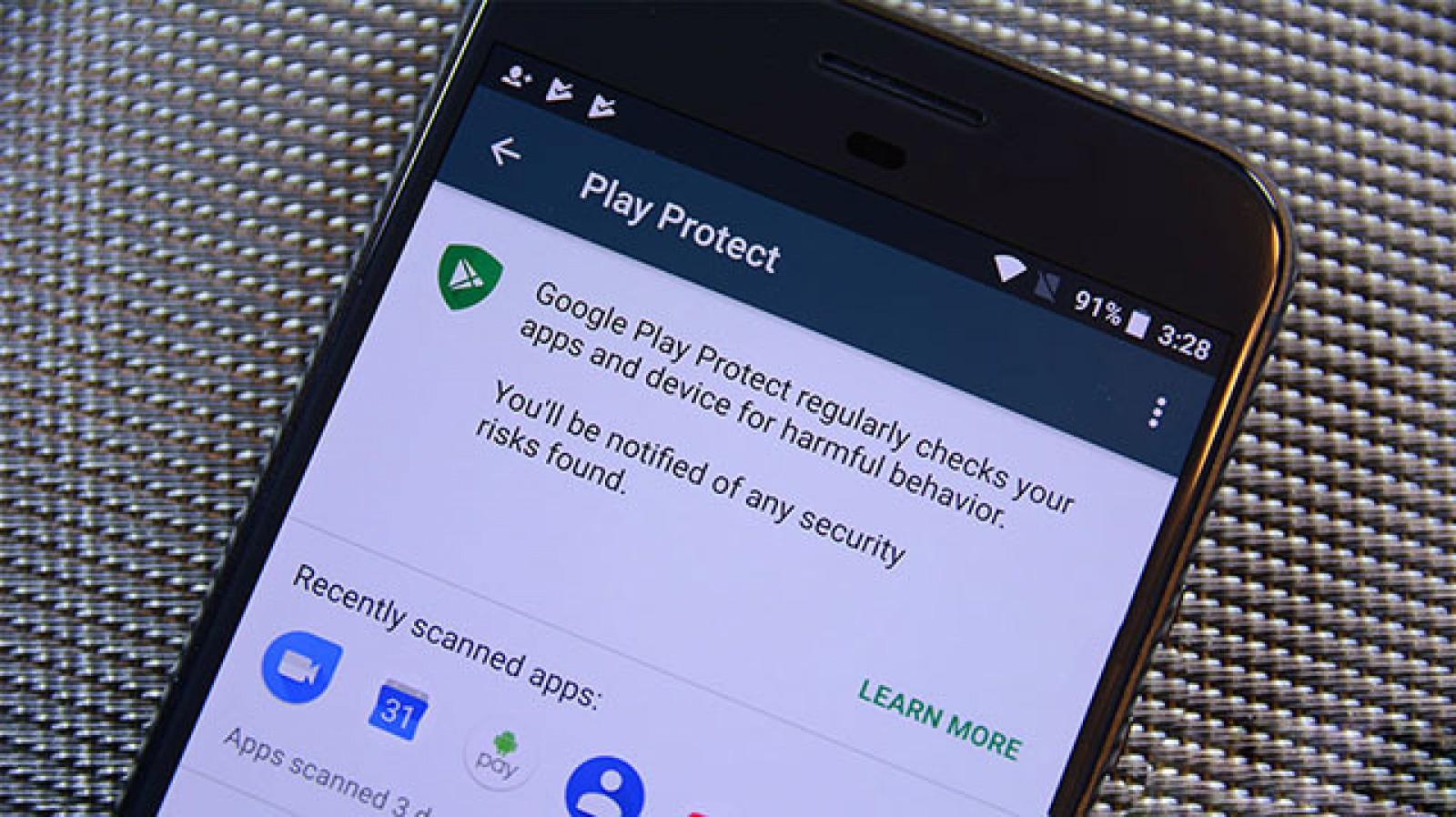 Google ar putea exclude din Play Store aplicaţiile care colectează mai multe date decât au nevoie pentru a funcţiona