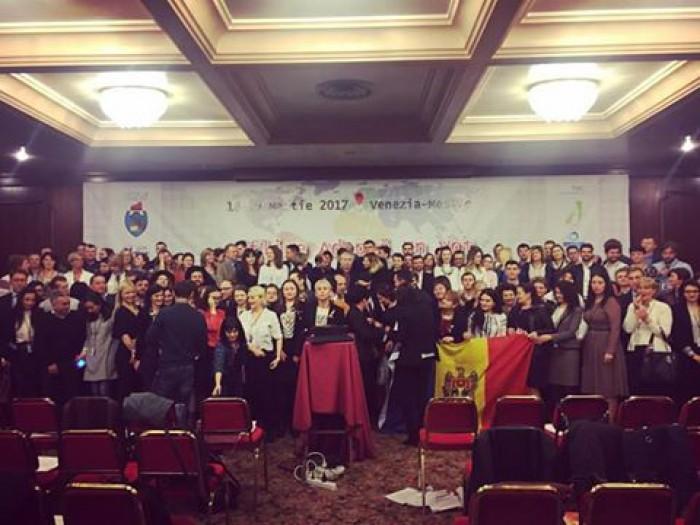 """Grupul """"Adoptă un vot"""" organizează a II-a ediție a offline-ului. De data aceasta în Moldova"""
