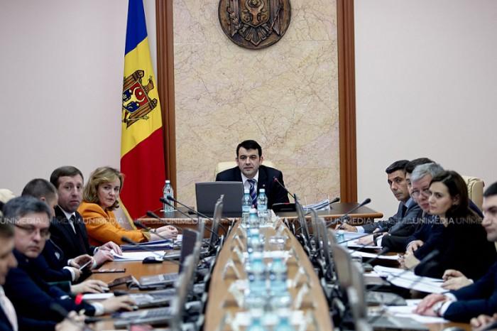 LIVE: Guvernul Gaburici își asumă responsabilitatea pentru adoptarea legii bugetului și politicii bugetar-fiscale