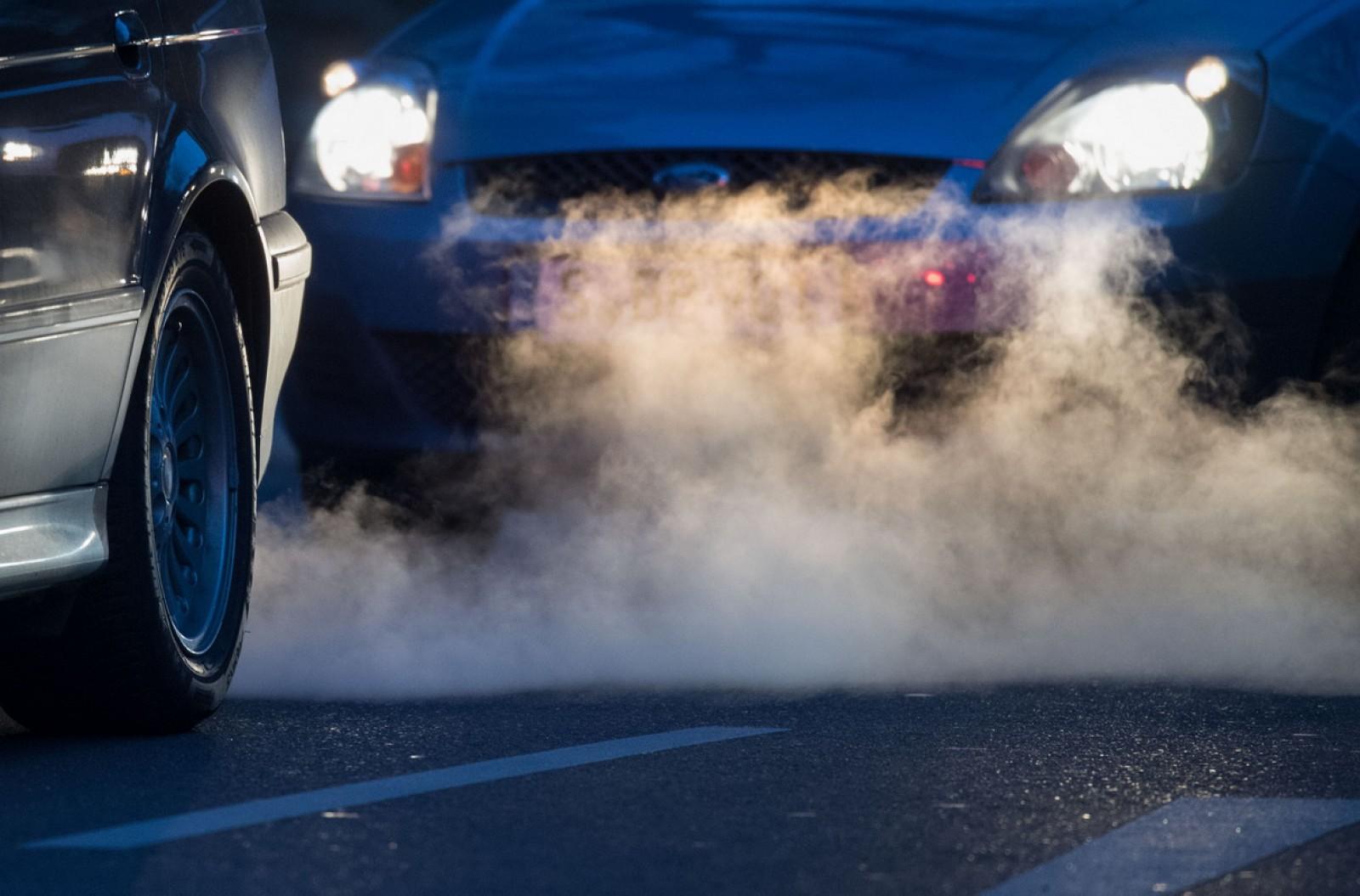 Hamburg – primul oraş german care aplică interdicţii pentru maşinile diesel. Cum se va exercita controlul