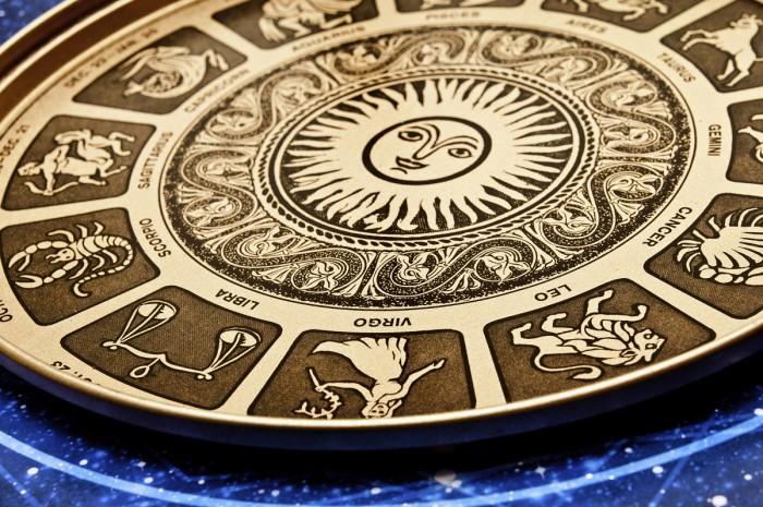 Horoscop: Berbecii sunt deranjați de unele replici neinspirate, spuse la supărare de apropiații lor
