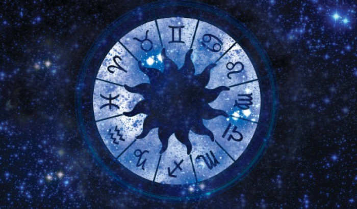 Horoscop: Scorpionii, tentați să nu țină cont de părerea celorlalți; Consecințele vor apărea imediat