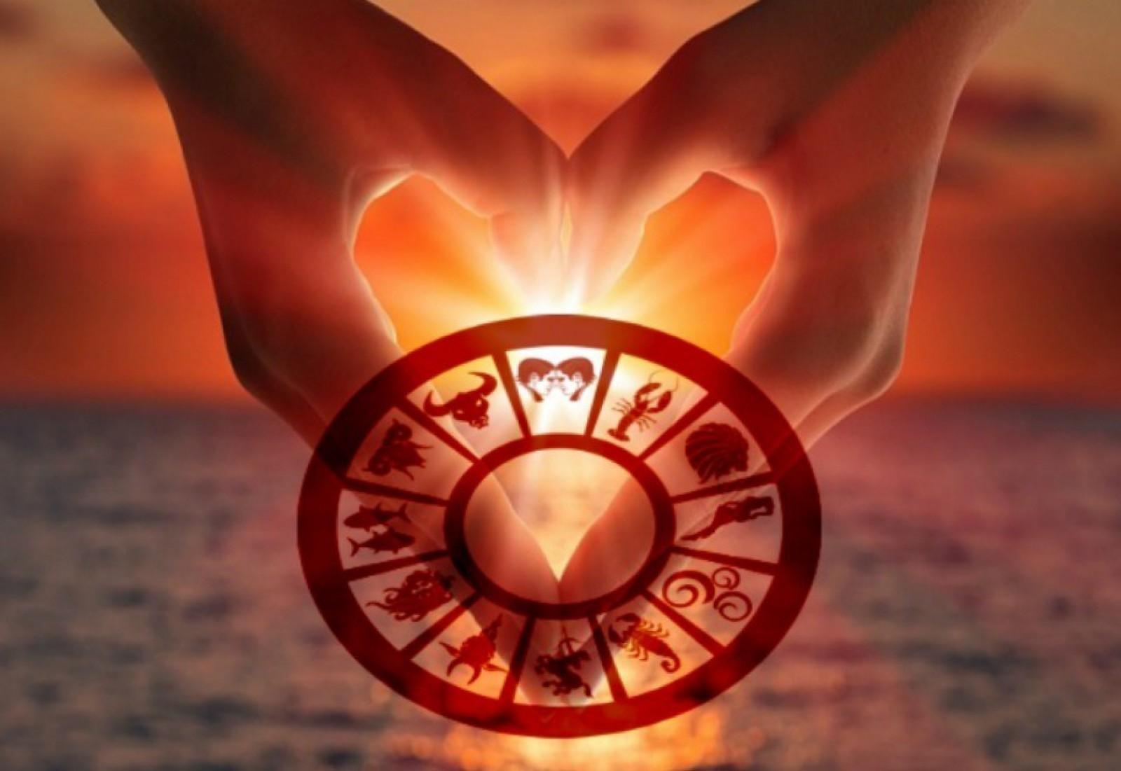 Horoscopul dragostei 2018: Ce surprize ți-au pregătit astrele în privința iubirii și relațiilor