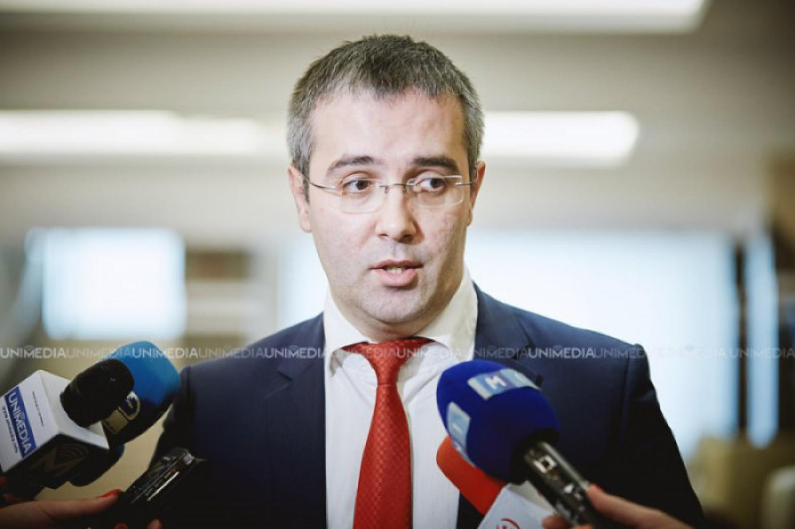 """Iată cine """"luptă"""" pentru dezvoltarea mass-mediei din RM. Democratul Sergiu Sîrbu: """"Ne dorim o presă liberă, modernă, corectă și profesionistă"""""""