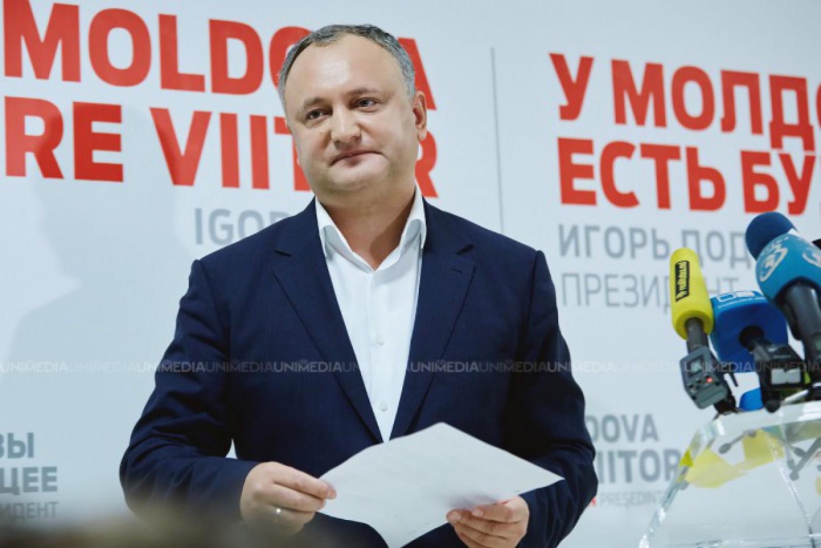 """Igor Dodon, trollit de un cunoscut jurnalist rus: """"Se pregătește un business pentru Dodon la Moscova - un salon pentru coafuri intime"""""""