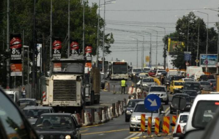Important pentru șoferii care au drum spre București. Podul de la Maracineni, care leagă Muntenia de Moldova, va fi închis pe un sens