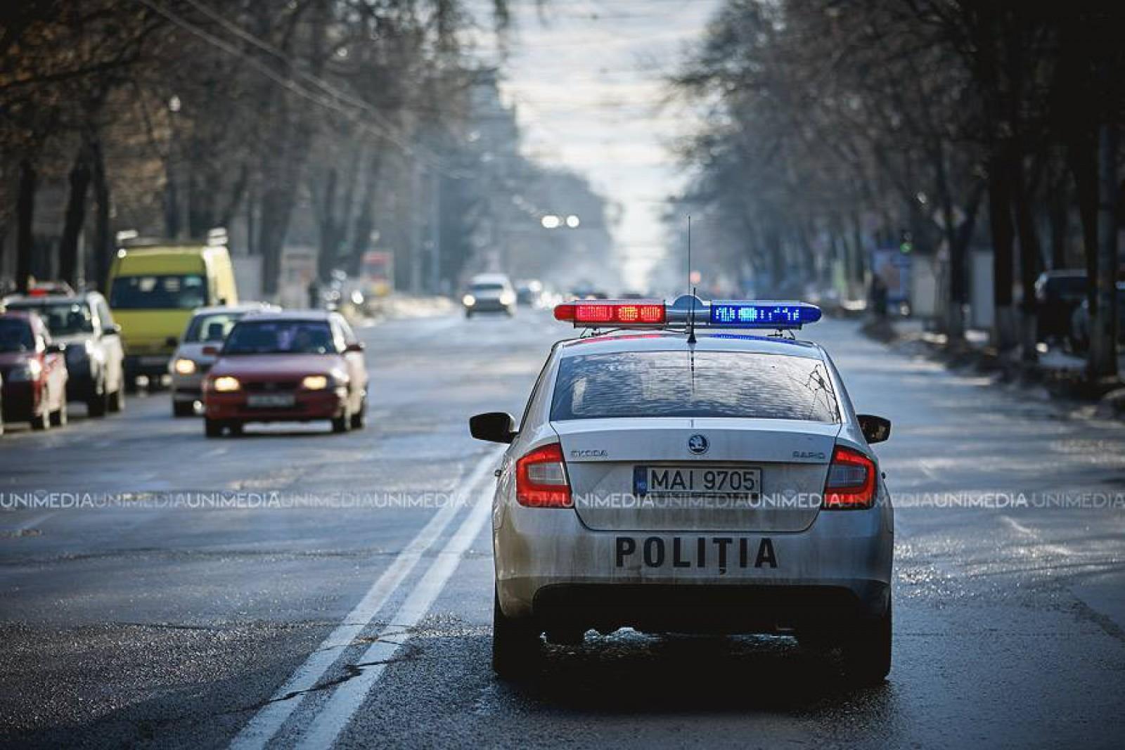 InfoTrafic: Ce străzi din Chișinău să evitați pentru a nu sta în ambuteiaj și unde sunt echipaje de polițiști cu radare