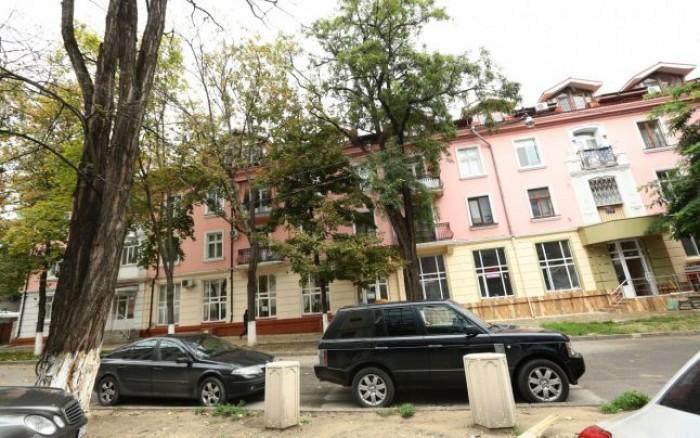 Investigație: Blocul de milioane al familiei Plahotniuc