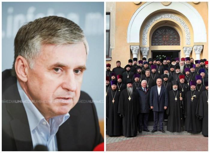 """Ion Sturza, despre poza unde apare Igor Dodon alături de un sobor de preoți ai Episcopiei: """"S-au pus în rând să pupe mâna noului """"domn"""", miruit de ei"""""""