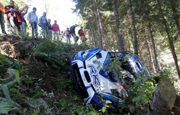 Kubica scapă nevătămat dintr-un accident de raliu