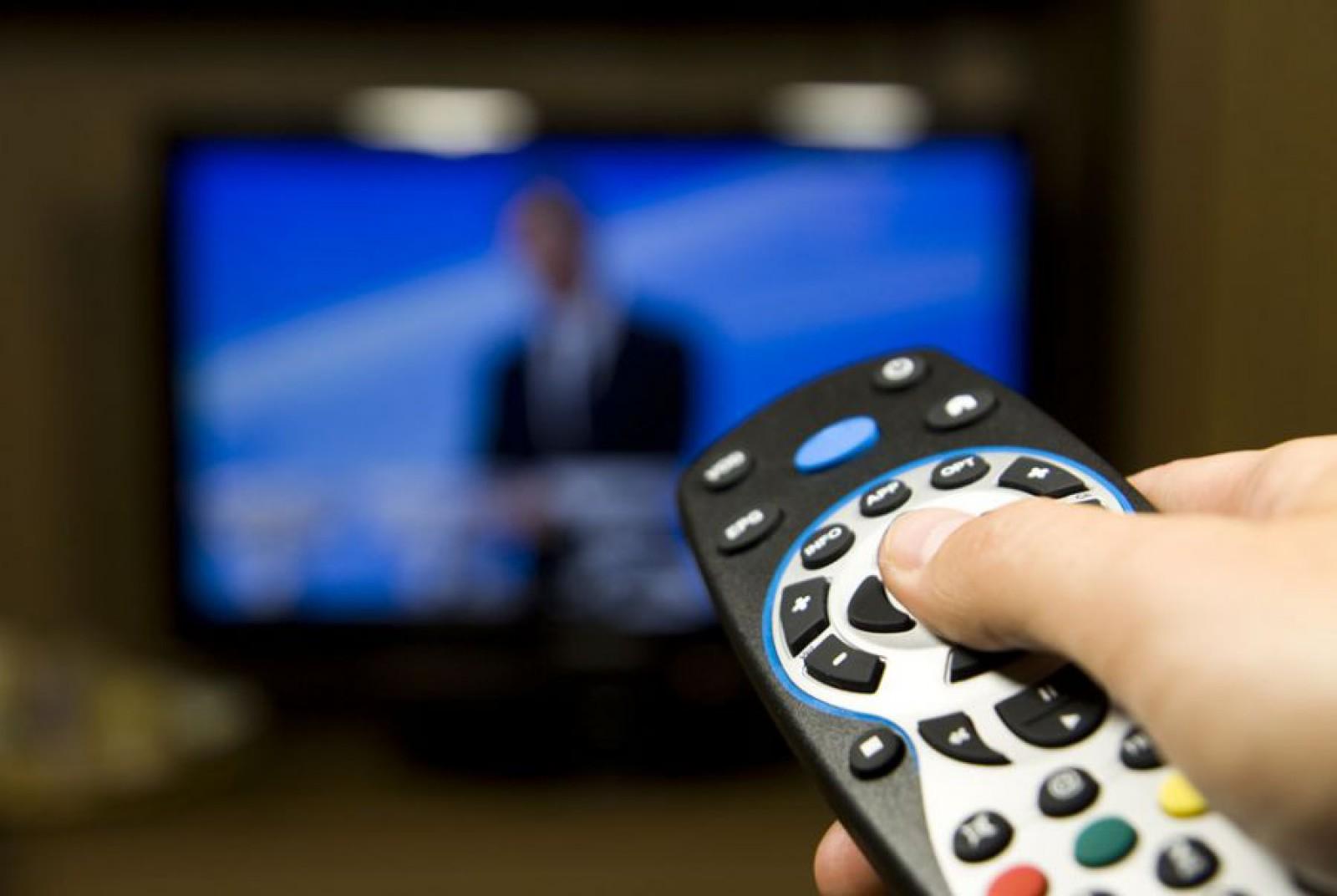 Legea anti-propagandă intră în vigoare de astăzi. Posturile TV nu mai au voie să transmită emisiuni informative de la televiziunile rusești