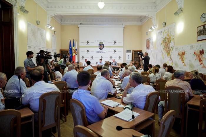 (live) Ședința Consiliului Municipal Chișinău: Consilierii ar putea să decidă când va fi organizat referendumul de demitere a lui Chirtoacă
