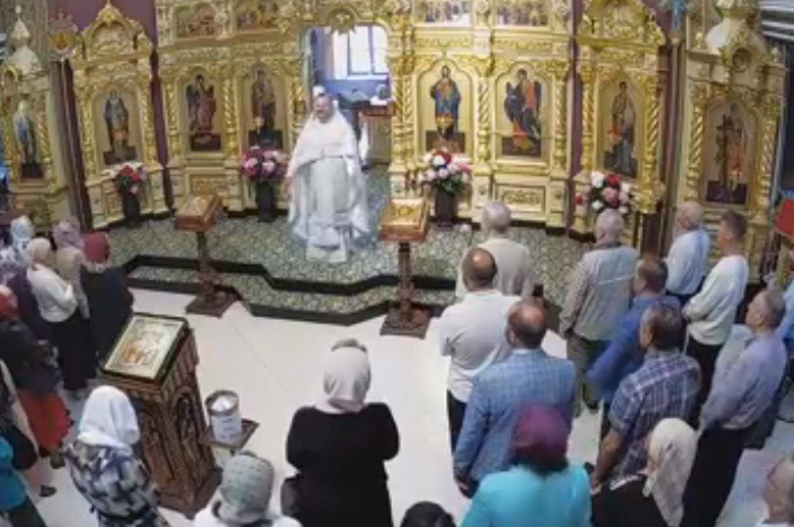 (live) Creștinii ortodocși sărbătoresc astăzi Înălțarea Domnului. Slujbe religioase au loc în bisericile din țară