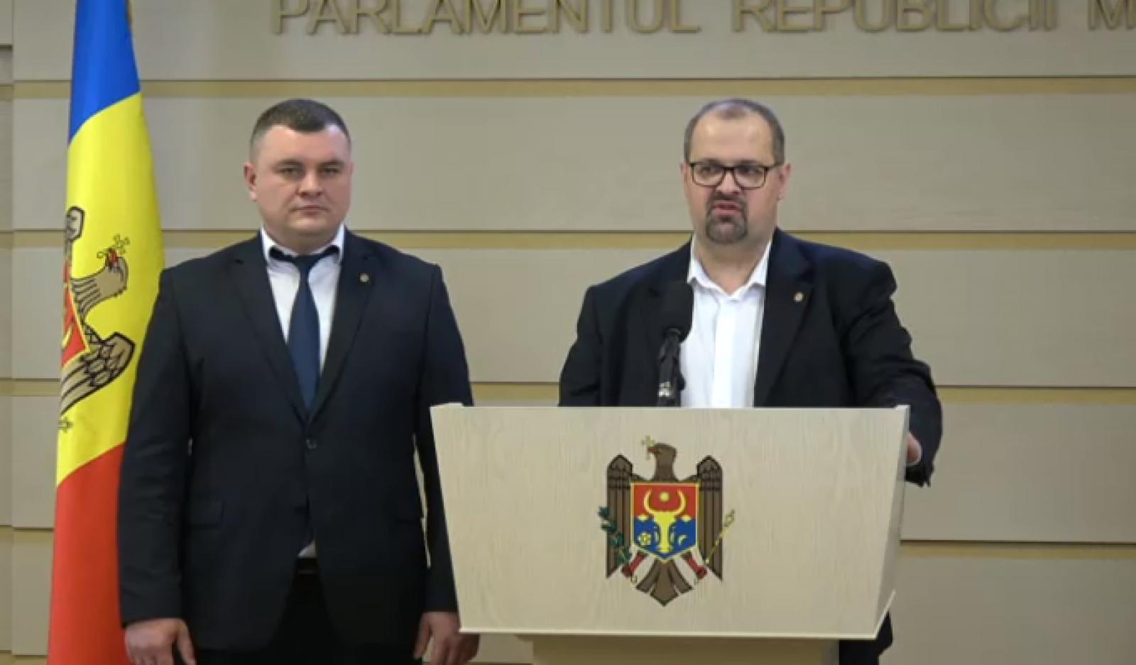 (video) Declarațiile deputaților PSRM după ședința Parlamentului