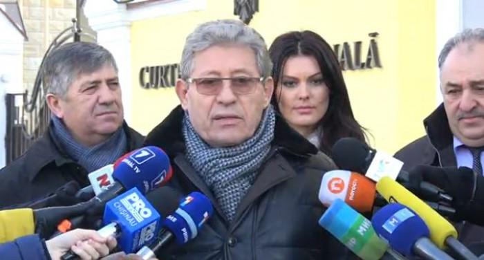 (video) Deputații PL, la Curtea Constituțională: Îl vom înainta pe Munteanu la funcția de ministru al Apărării