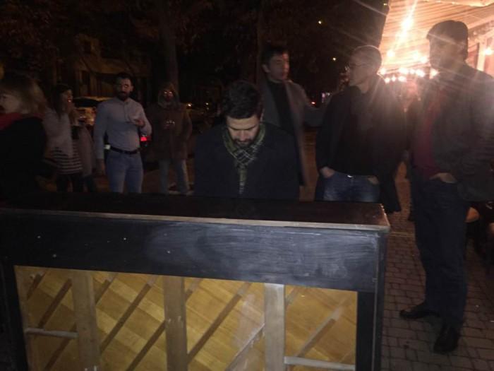 (Video) Concertul improvizat al lui Pasha Parfeni și Cătălin Josan în fața Palatului Național