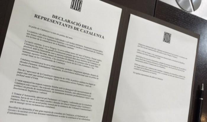 Madridul ameninţă cu suspendarea autonomiei Cataloniei
