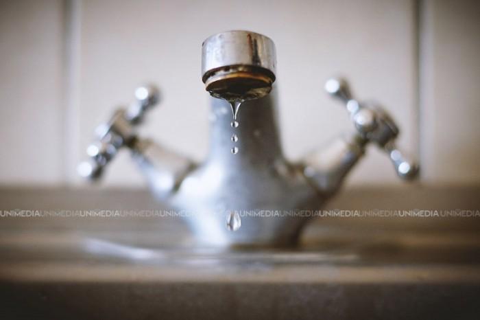 Mai mulți locuitori ai capitalei vor rămâne astăzi fără apă la robinet. Ce străzi sunt vizate