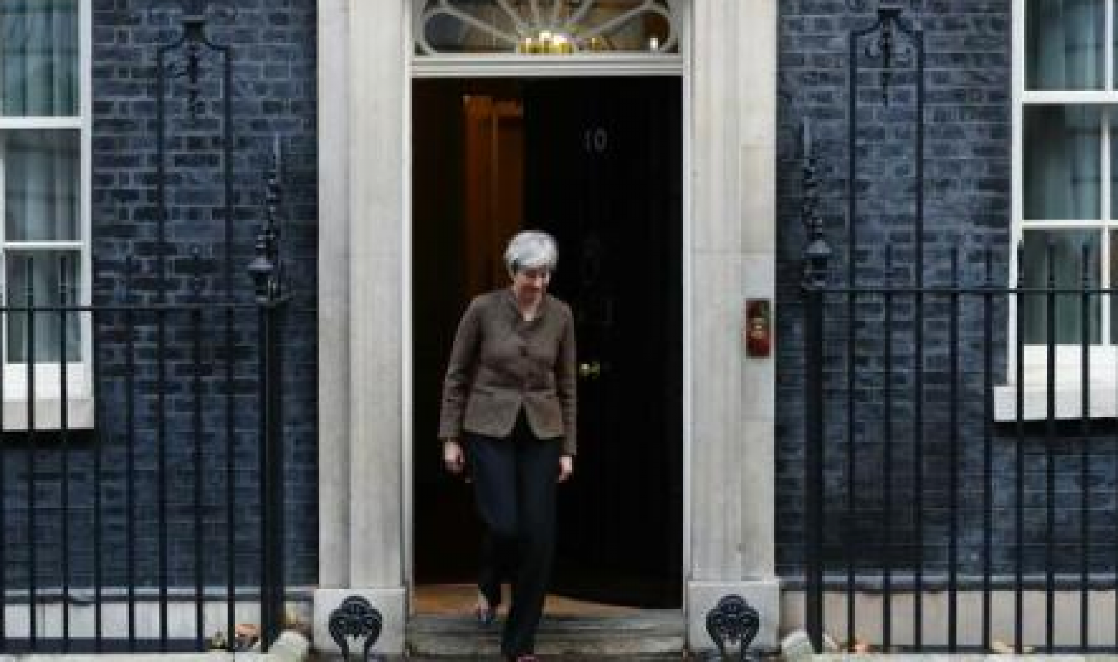 Marea Britanie: Premierul Theresa May, ținta unui complot terorist dejucat