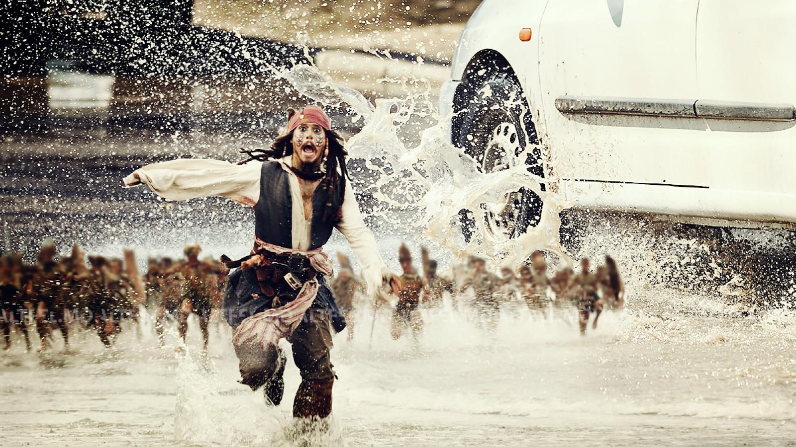 (meme-uri #altfel) Valuri în lighean. Borțile din Chișinău pe post de decor pentru Titanic, Pirates of the Caribbean și filmele lui Dodon