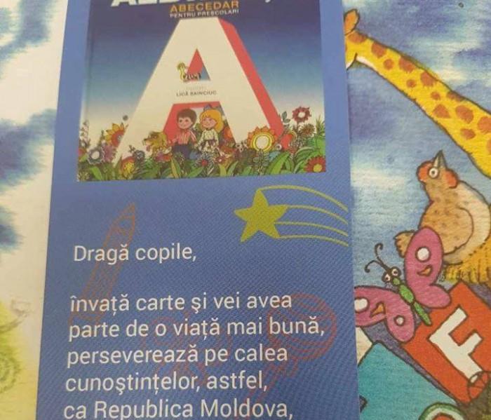"""(foto) Mesajul lui Filip din """"Albinuța"""" trimisă copiilor din diasporă, """"rectificat"""" de o moldoveancă, stabilită peste hotare"""