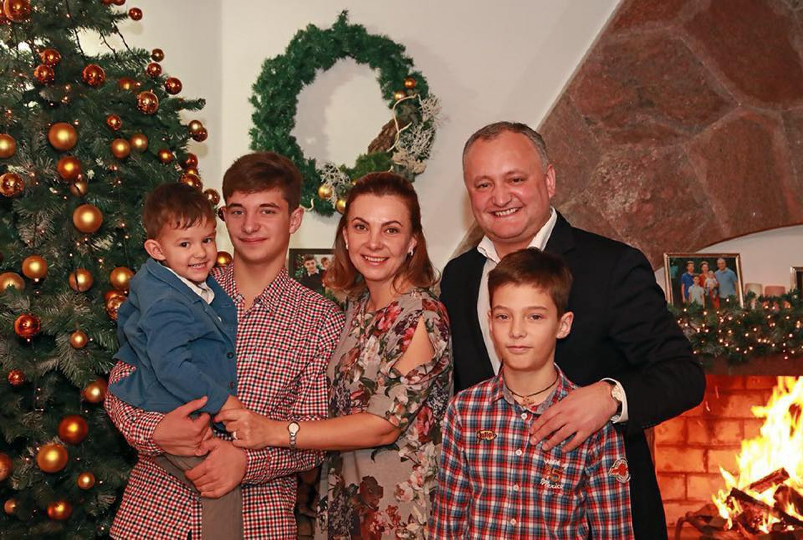 """Mesajul lui Igor Dodon de Crăciun: """"Noi cu familia sărbătorim Crăciunul anume în aceste zile, la început de ianuarie"""""""