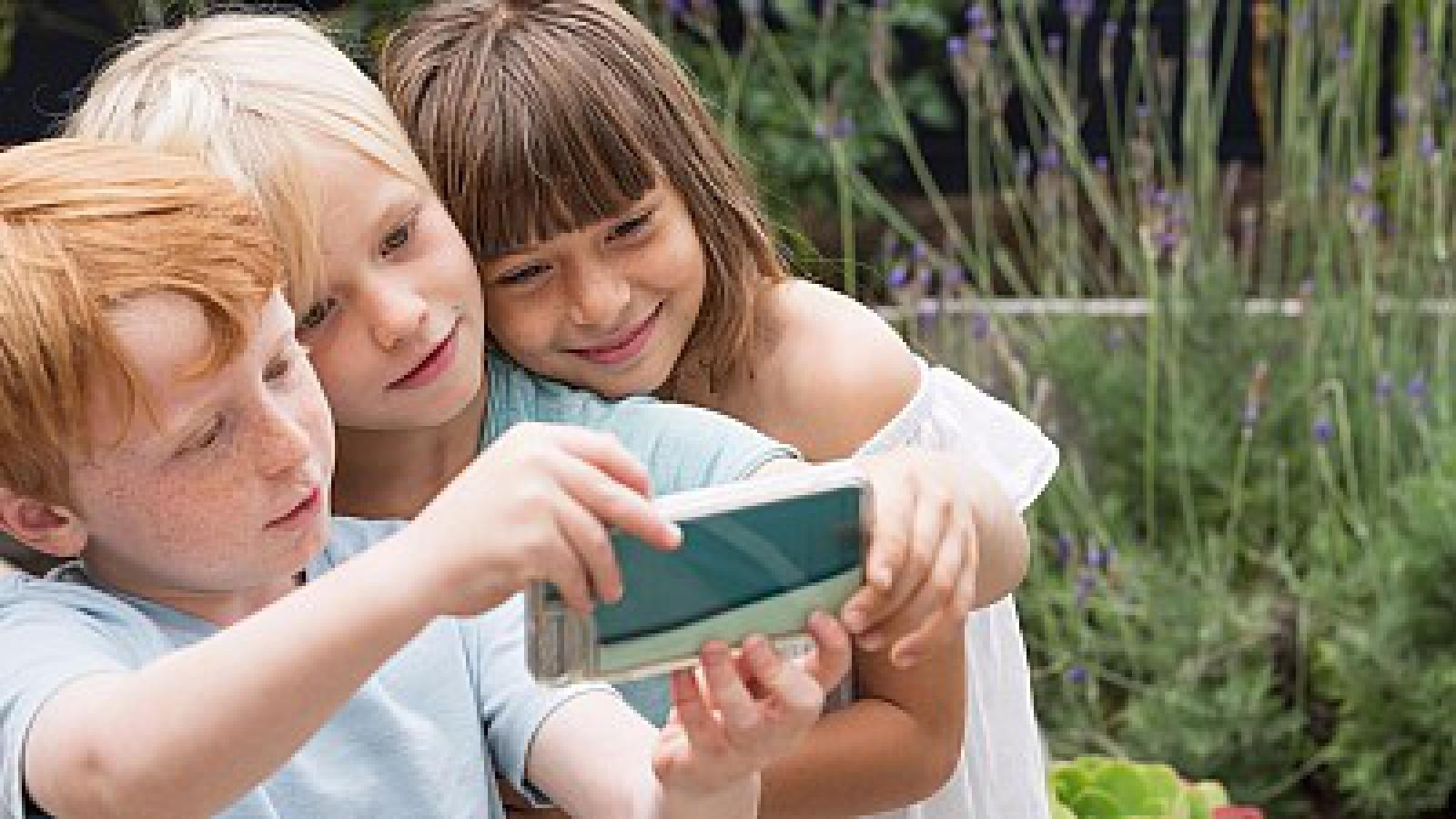 Messenger pentru copii. Facebook a lansat un nou tip de aplicație, destinată exclusiv celor mici