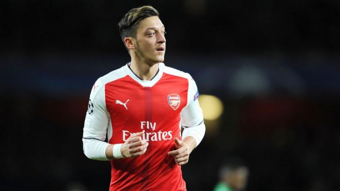 Mesut Ozil ar putea pleca de la Arsenal Londra! Manchester United va începe în iarnă negocierile cu mijlocașul german