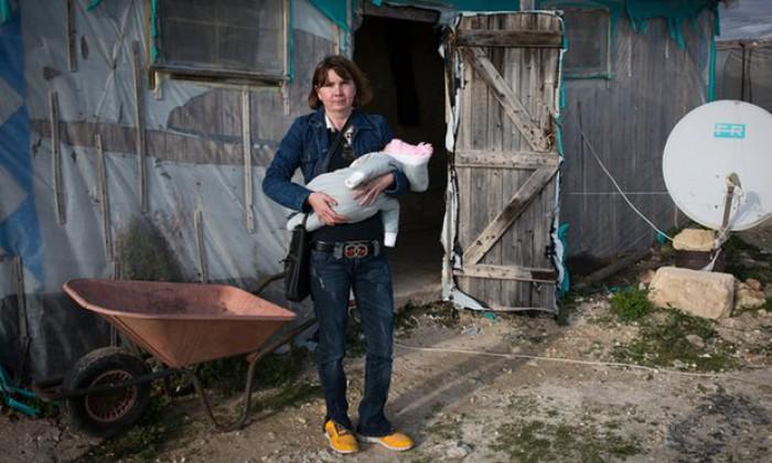 Mii de românce, printre care și moldovence, sclave în fermele din Italia: În Moldova salariul este de 200 de euro. Aici poţi face mult mai mult, chiar dacă suferi