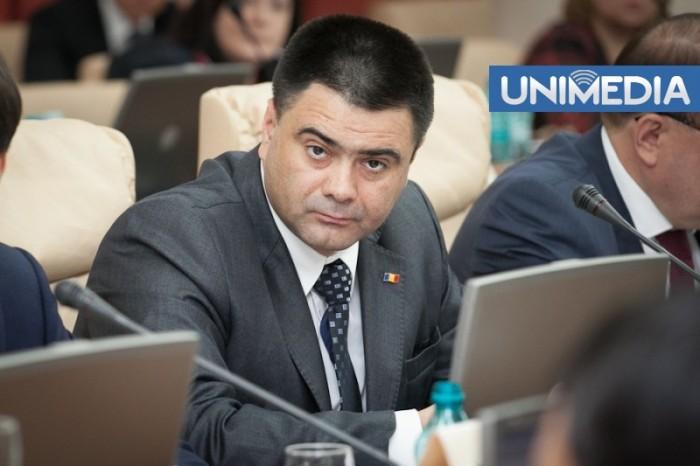 """Ministrul Apărării: """"Nu voi demisiona! Nu am motive"""""""