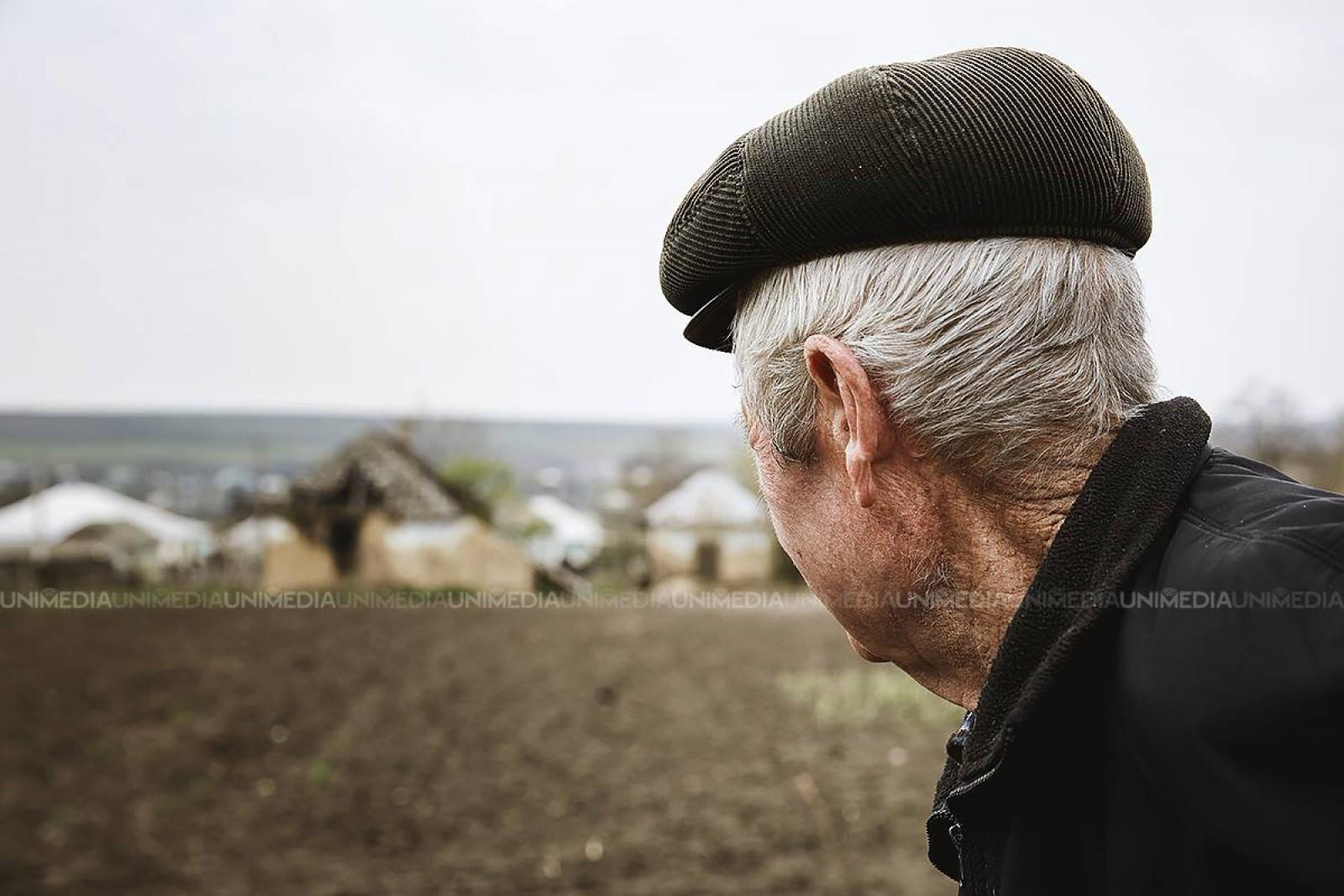 Mold-street: Oameni muncii sunt pe cale de dispariţie, dar Ziua Muncii rămâne