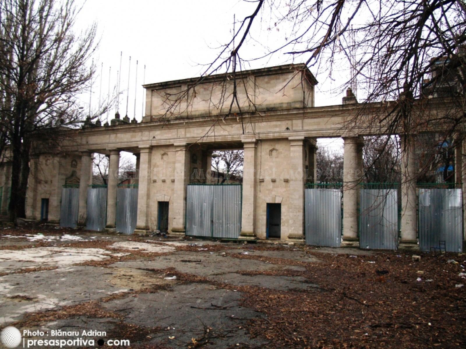 Mold-street: Un milionar arab, interesat de investiţii în stadioane în Moldova