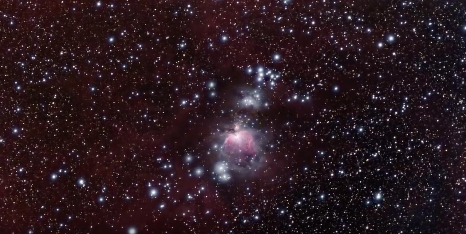 """(video) NASA a publicat imagini video care surprind """"zborul"""" prin Nebuloasa Orion, aflată la o depărtare de 1344 ani lumină"""
