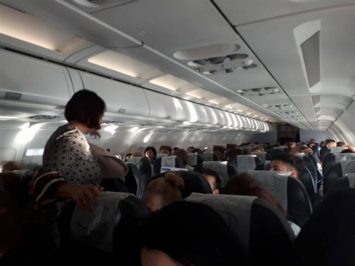 Noi detalii în zborul Chișinău-Roma, cursa care a provocat panică la bord: În Italia a fost deschisă o investigație în acest caz, declarat unul grav