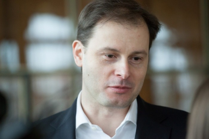 O nouă ședință de judecată în cazul lui Chiril Lucinschi: avocații fostului deputat au cerut încetarea procesului penal