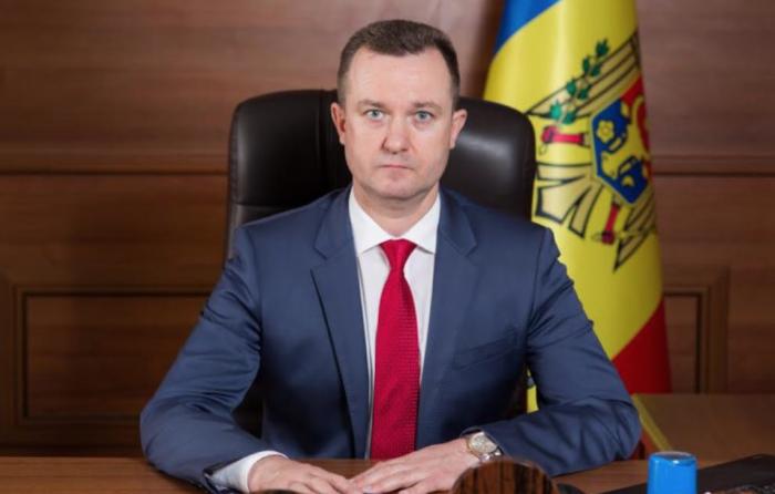 Oleg Melniciuc, judecătorul cercetat penal pentru îmbogățire ilicită, a plecat în concediu de paternitate, parțial plătit