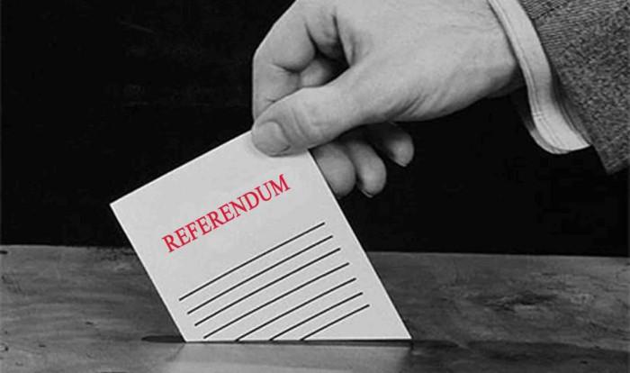 Opinie: Dorin Chirtoacă, din nou, are nevoie de voturile electoratului pro-european