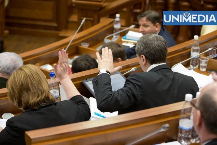 (video) Pachetul de legi privind controlul tutunului, votat în prima lectură