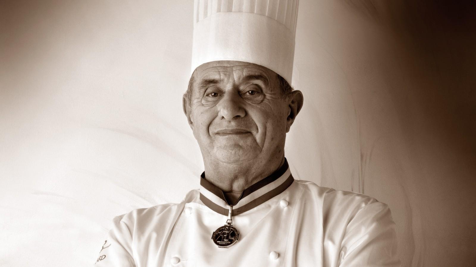Paul Bocuse, părintele gastronomiei moderne franceze și unul dintre cei mai cunoscuți bucătari ai lumii a decedat la vârsta de 91 de ani