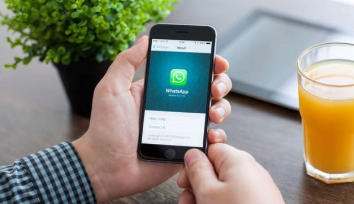 Peste un milion de oameni au fost păcăliţi să instaleze o aplicaţie WhatsApp falsă