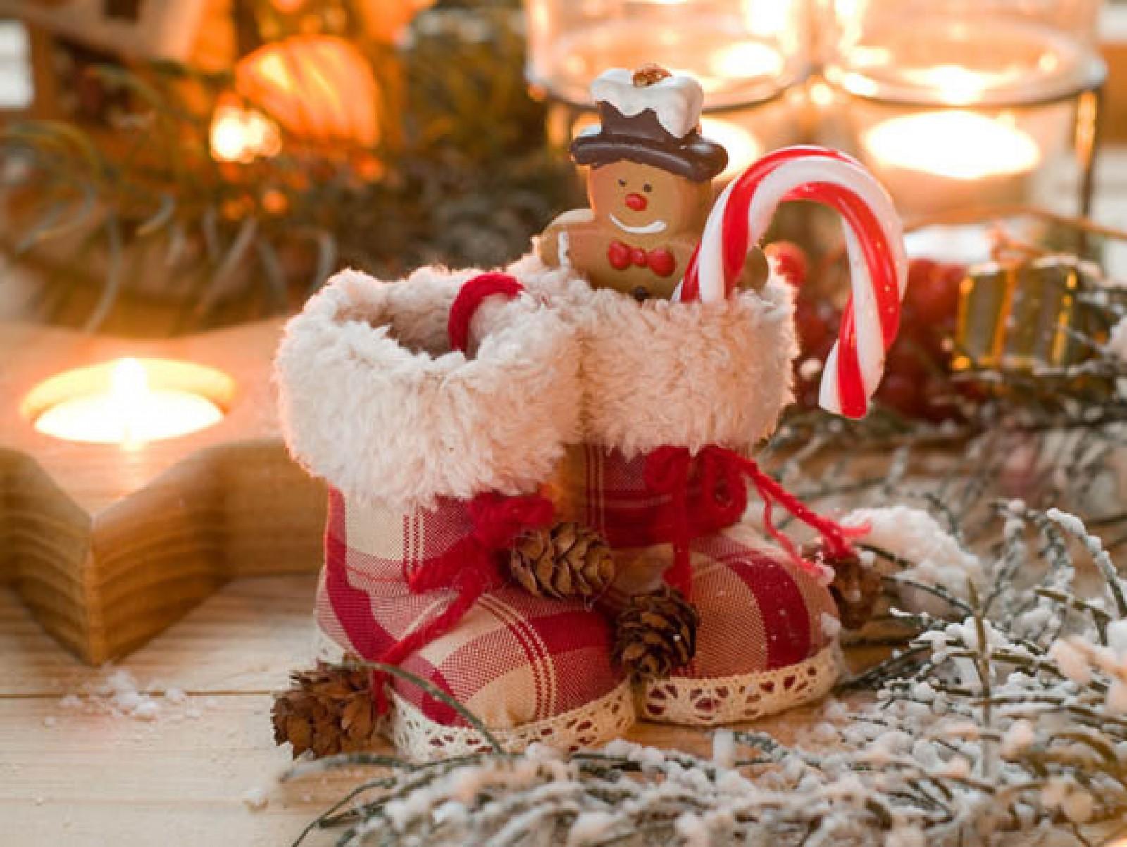 Pregătiți ghetuțele, Moș Nicolae aduce cadouri în această noapte