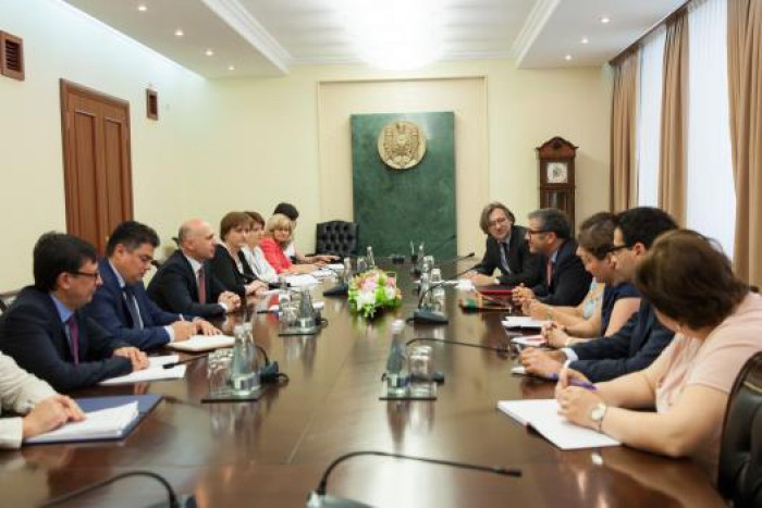 Premierul Pavel Filip a avut o întrevedere cu echipa de experți ai FMI, aflată în vizită de lucru la Chișinău
