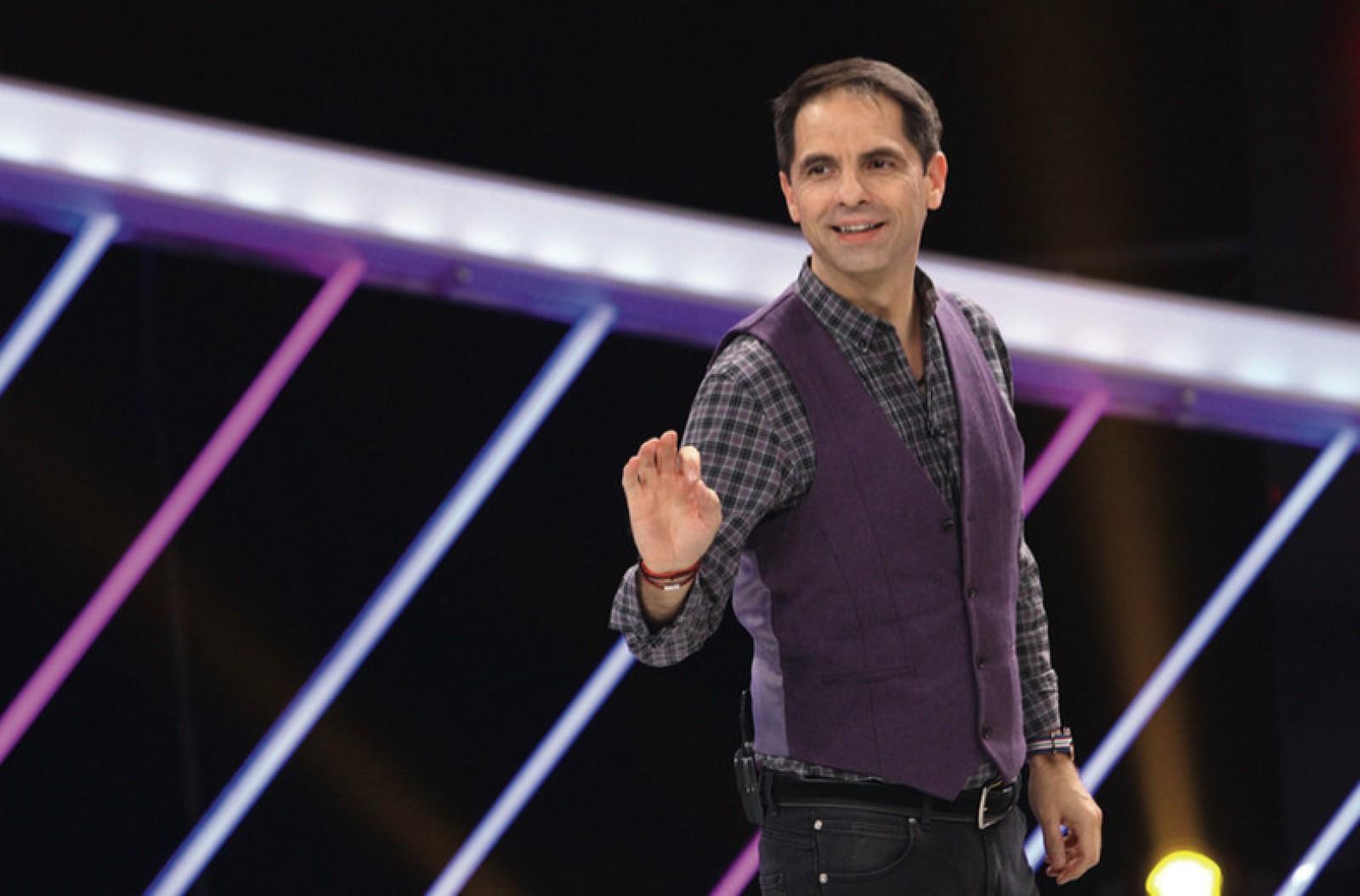 """Prezentatorul TV, Dan Negru critică dur showbizul din România după semifinala Eurovision: """"Ai lor au recunoaștere mondială, de la O-Zone la Carla's. Ai noștri au freze și fițe"""""""